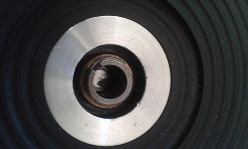 controllo presenza rondella acciaio fissa piatto