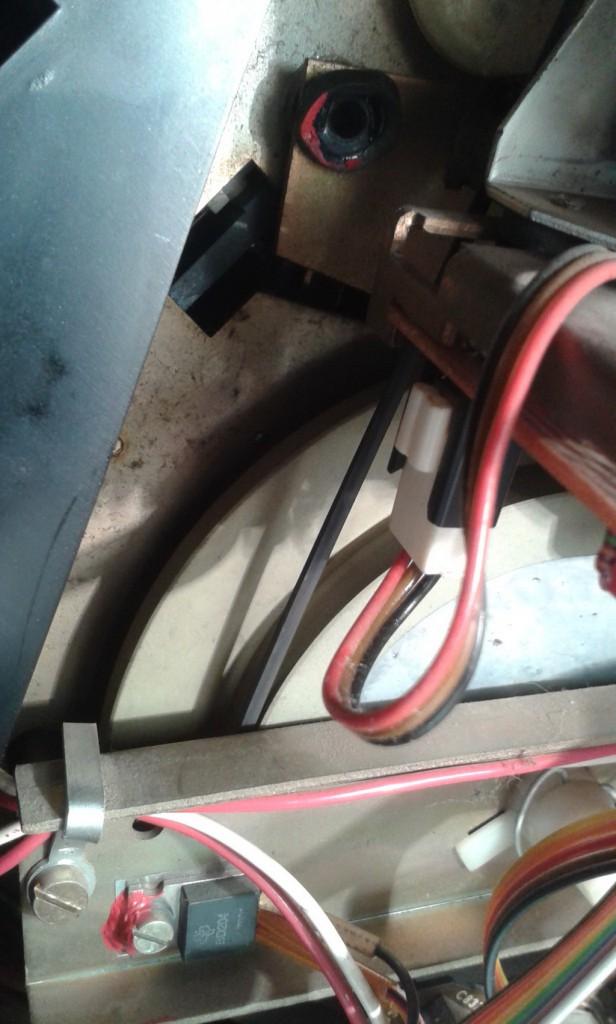 gommino motore rotto e posizione cinghia al limite