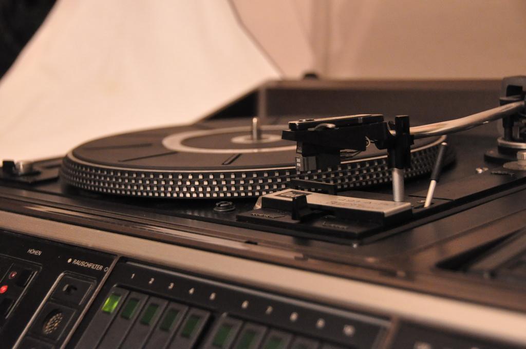 Grundig Studio RPC 650TP