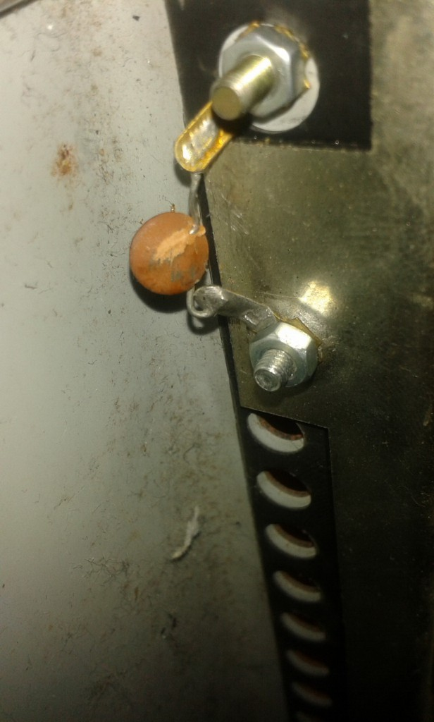 condensatore chassis sistemazione