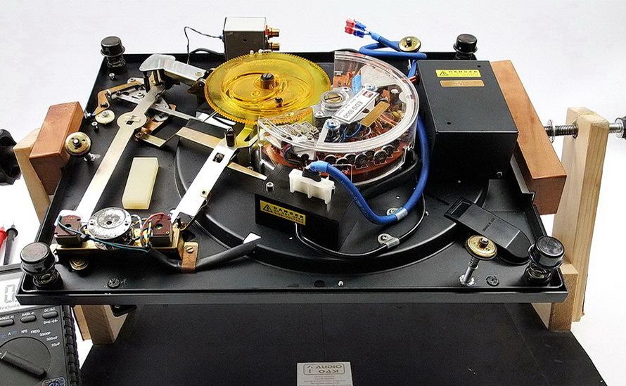Dual 701 by Audio Oasi - Relazione tecnica Robi-3