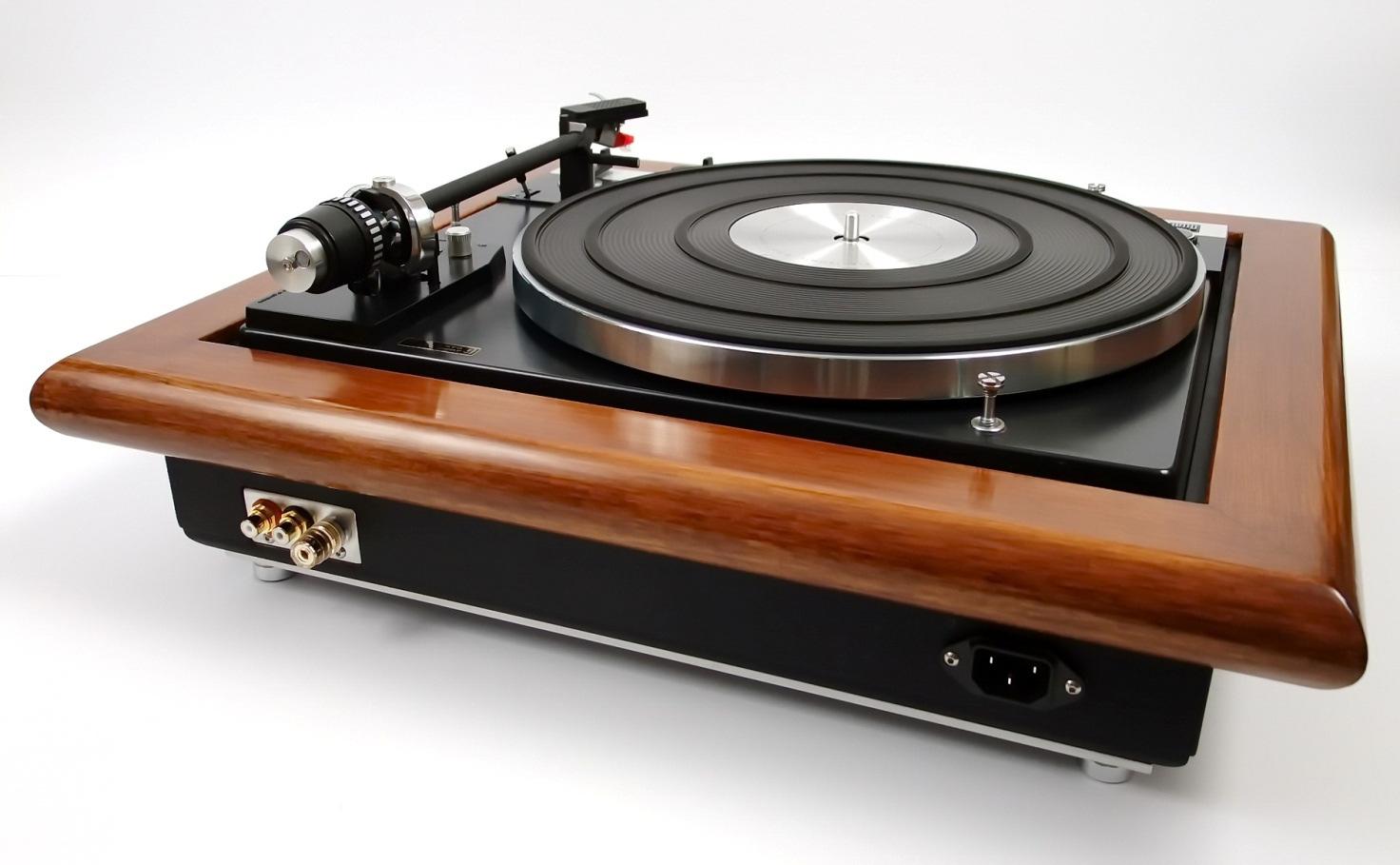 Dual 701 by Audio Oasi - Relazione tecnica Robi-4