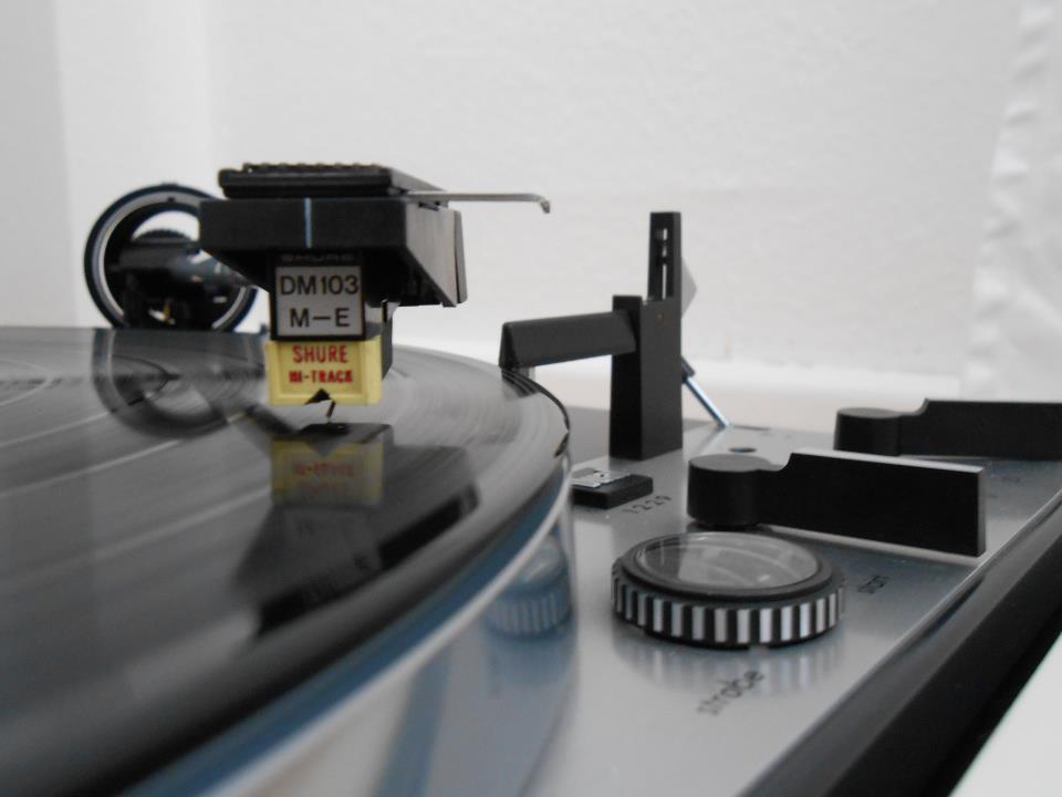 Shure  DM 103 M-E, alias Shure M91ED, una testina per tutte le stagioni, dagli anni '70 ai giorni nostri. Per gentile concessione di www.old-fidelity.de