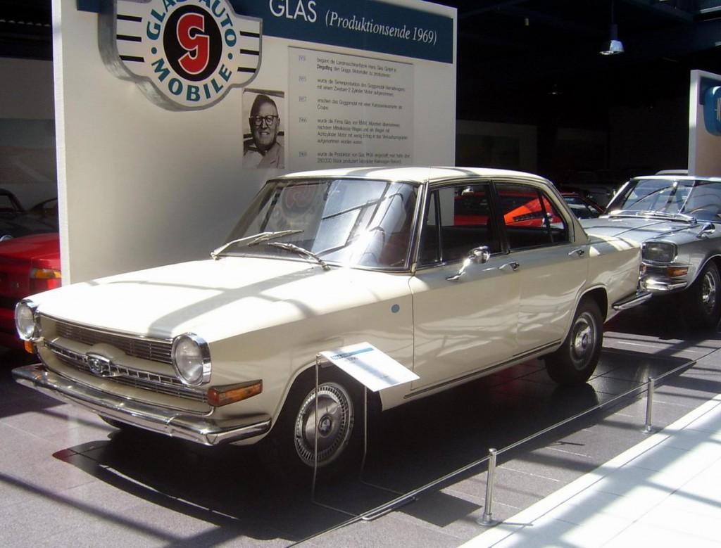 GLAS 1700 TS nello stesso colore di quella di mio padre - Cortesia di Altautobilder.de