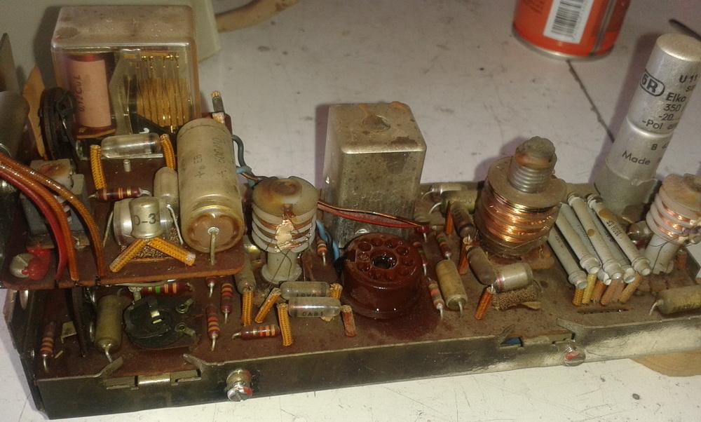 lampadina fulminata : Credevo ci fosse una lampadina fulminata, invece il decoder segnala ...